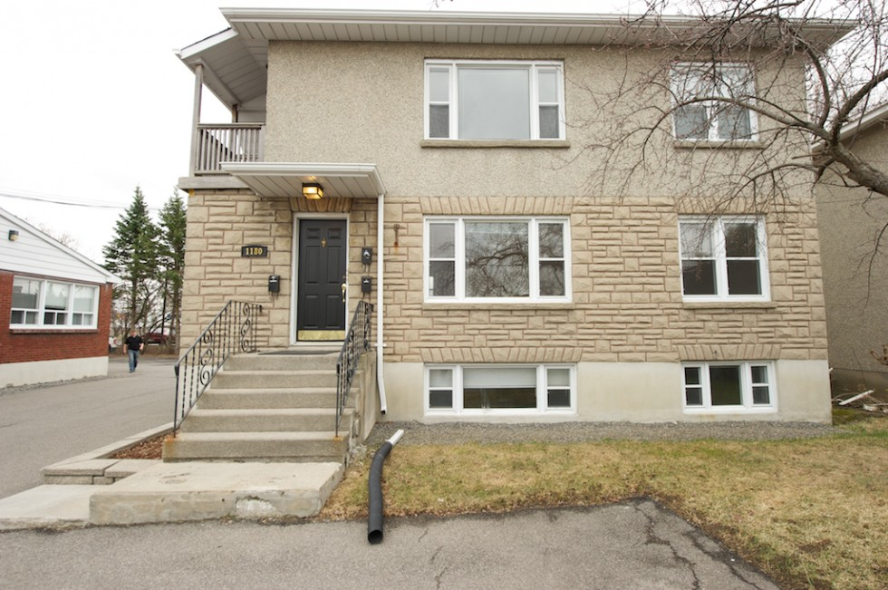 1180 Evans Ave, Ottawa On, Apt. 2- $1200.00 + Hydro